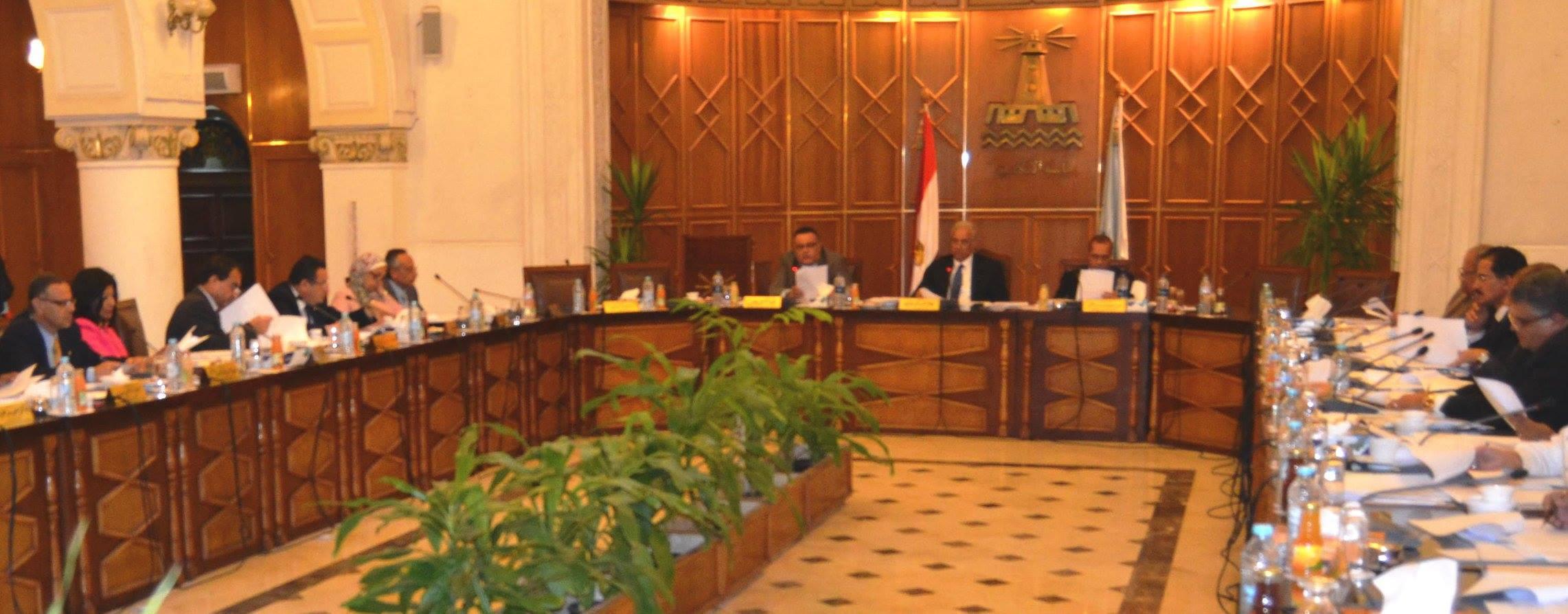 """جامعة الإسكندرية تطلق منحاً دراسية لأوائل الطلاب بفرع الجامعة بـ""""إنجامينا"""""""