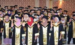 كلية طب الأسنان تحتفل بتخرج الدفعة الثالثة من البرنامج الدولي