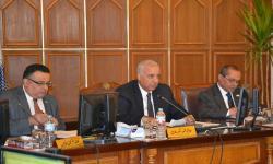 جامعة الاسكندرية تدرس إنشاء مجمع طبي تعليمي وخدمي ببرج العرب