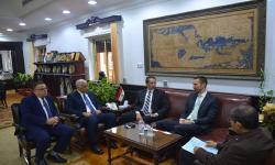 الدكتور عصام الكردي يستقبل مدير المشروعات الدولية بجامعة البرتا