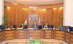 مجلس جامعة الإسكندرية يقف «دقيقة حداد» على أرواح «شهداء المنيا»