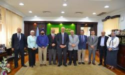 جامعة الاسكندرية تبحث سُبل إنشاء مراكز للتميز في مجال الطاقة المتجددة