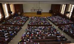 بالصور.. جامعة الاسكندرية تستقبل طلابها في بداية العام الدراسي الجديد