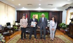 جامعة الاسكندرية تستقبل مستشار وزارة التخطيط والمشرف على جائزة مصر للتميز الحكومي