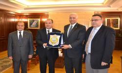 الدكتور عصام الكردي: الجامعة تضع امكانياتها وخبراتها في خدمة محافظة الاسكندرية
