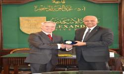 Joint Cooperation between Alexandria University and Harvard in the medical field