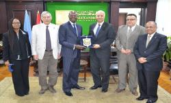 Alexandria University receives Kenya Ambassador