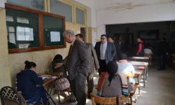 بالصور.. رئيس جامعة الاسكندرية يتفقد أعمال الامتحانات بكلية الآداب