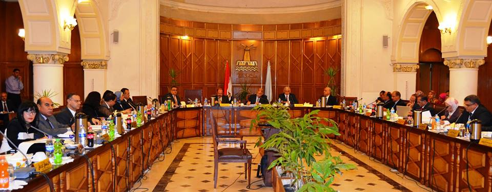 Alexandria University decides to standardize all courses certificates issued from Units of Special Nature and University centers