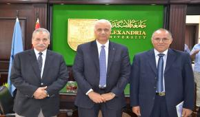 الدكتور عصام الكردي يستقبل فريق إدارة توكيد الجودة بالجامعة