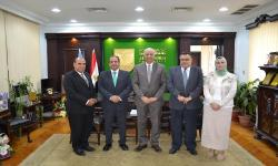 Dr. Kurdi receives Vice President of Cardiff Metropolitan University